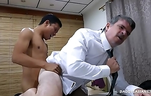 Pater and Asian Twink Fuck Bareback