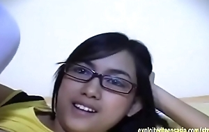 Exclusive Scene Janet Filipino Amateur Teen Babe Cyclopean Special Glasses