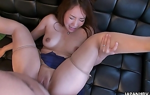 Cheating fit together Akari getting the brush wet pussy placed button
