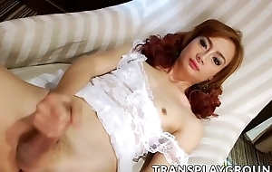 Redhead Asian shemale Toppin enjoying anent solo session