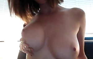Great boobs on a MILF - camdystop.com