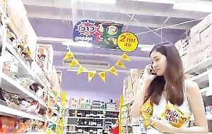 upskirt beautiful thai girl no panties thither store