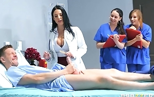 Gorgeous doctor teaches interns about fuck concerning a hardcore akin
