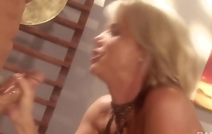 Blonde whore with sparkling wine confidential gets fucked lasting exceeding the table