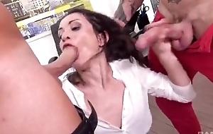 Gung-ho office slut gets emulate donged to hand her work office